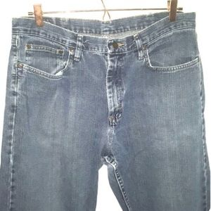 Wrangler 34 x 32 Relaxed Straight Blue Jeans